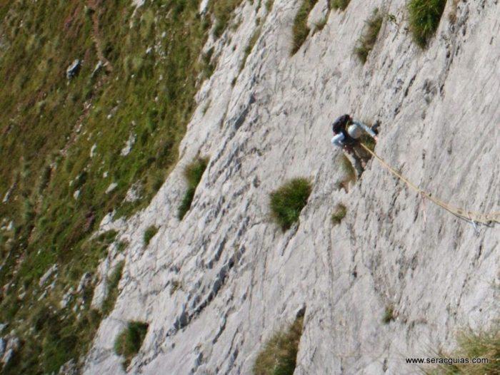 escalada Fresnidiello Picos de Europa 3 SERAC COMPAÑÍA DE GUÍAS
