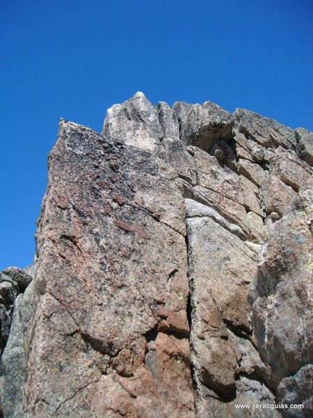 Cresta Amitges Saboredo Sageta Aiguestortes Pirineo 3 SERAC COMPAÑÍA DE GUÍAS