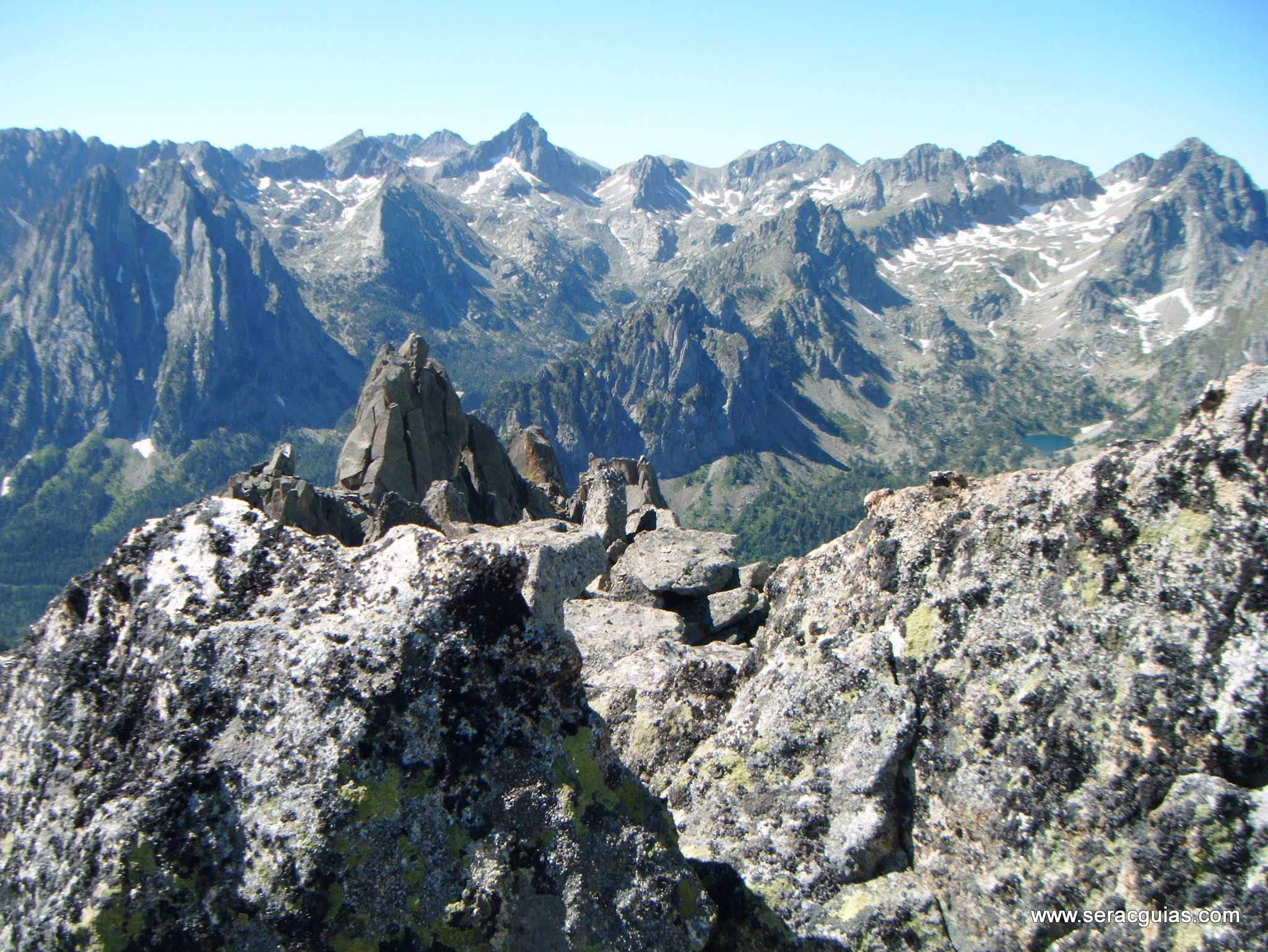 Cresta Basiero Amitges Pirineo 5 SERAC COMPAÑÍA DE GUÍAS