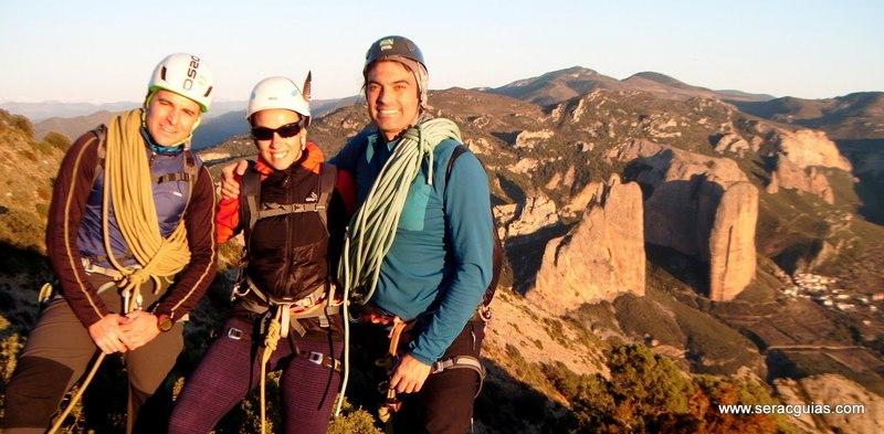 escalada Sendero Limite Rueba 10 SERAC COMPAÑÍA DE GUÍAS