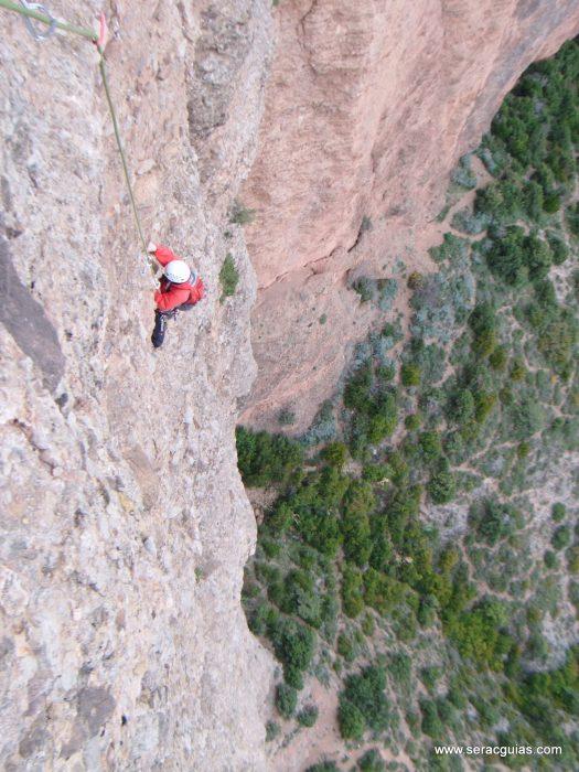 escalada Frechin Riglos 5 SERAC COMPAÑÍA DE GUÍAS