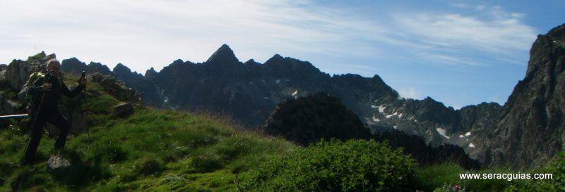 escalada cresta arista hautes pyrenees pirineo 10 SERAC COMPAÑÍA DE GUÍAS