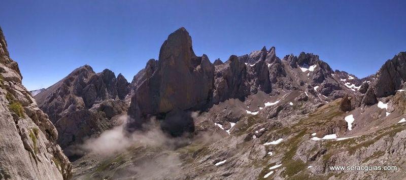 escalada arista cresta picos de europa 14 SERAC COMPAÑÍA DE GUÍAS