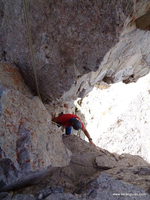 escalada arista cresta picos de europa 6 SERAC COMPAÑÍA DE GUÍAS