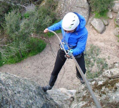 como rapelar rapel escalada alpinismoSERAC COMPAÑÍA DE GUÍAS