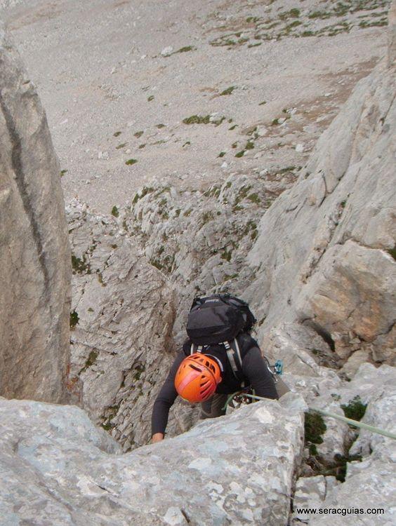 Aguja Escondida 5 Picos de Europa SERAC COMPAÑÍA DE GUÍAS