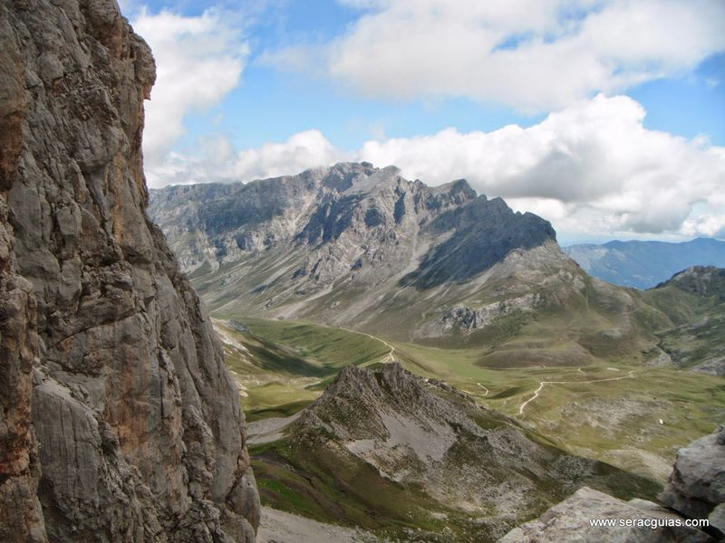 Aguja Escondida 6 Picos de Europa SERAC COMPAÑÍA DE GUÍAS