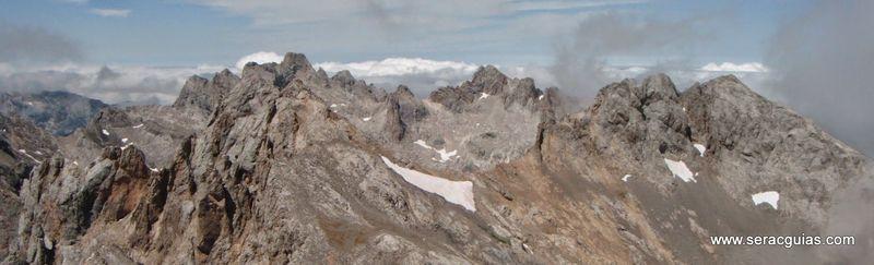 Espolon Franceses cumbre 2 Picos de Europa SERAC COMPAÑÍA DE GUÍAS