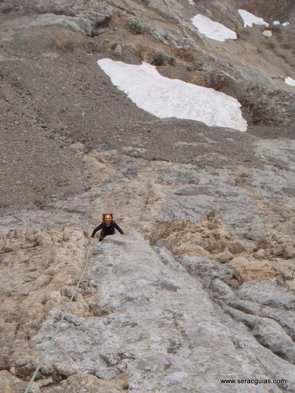 Espolon Rojizo 1 Santa Ana Picos de Europa SERAC COMPAÑÍA DE GUÍAS