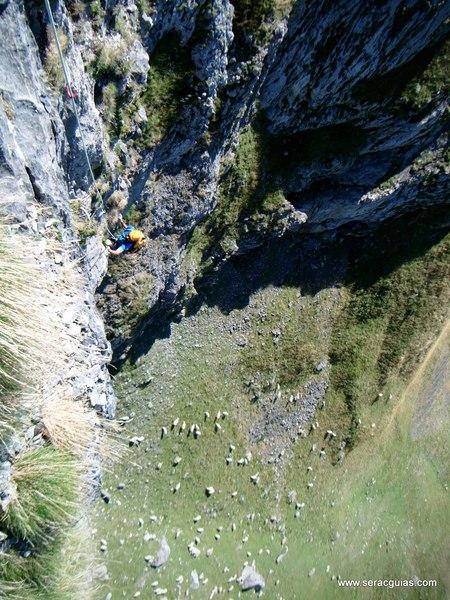 Aguja Portalet 4 Valle Tena Pirineo SERAC COMPAÑÍA DE GUÍAS