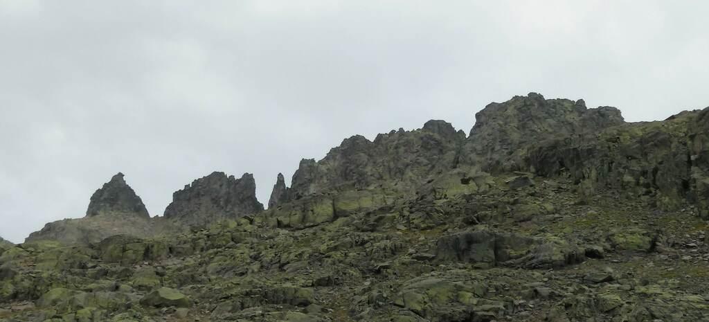 Cresta Cerro Huertos Gredos 1 SERAC COMPAÑÍA DE GUÍAS