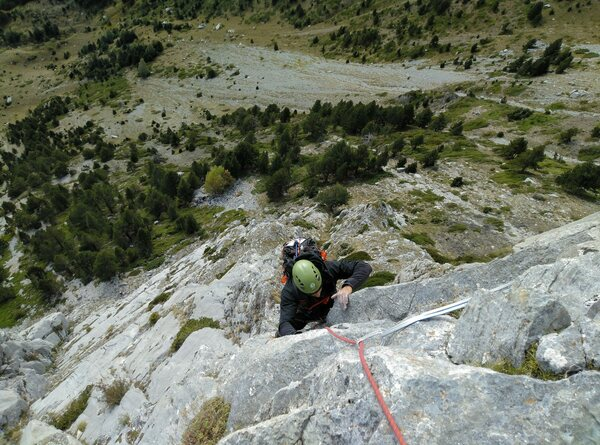 Foratata_Valle_Tena_1_Pirineo SERAC COMPAÑÍA DE GUÍAS