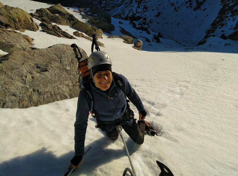 Almanzor ruta normal invierno Gredos SERAC COMPAÑÍA DE GUÍAS