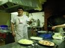 Овога пута, маестрални кувар је чувао тајну шта је спремио, све док није изнео на сто!