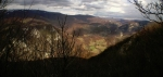 Поглед на другу страну кањона и долину Станојевог потока са врха Вите Букве