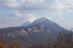 Трем и Соколов камен