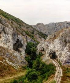 пруга кроз Нишевачју клисуру