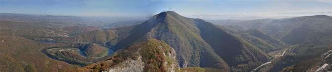 Panorama-Ovcarsko-kablarska-klisura
