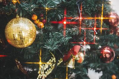 クリスマスツリーどこで買う