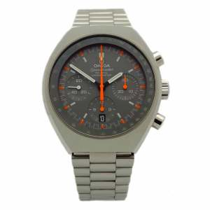 Omega Speedmaster Chronograph in stainless steel. Grey dial with red and silver-tone index hour markers and hands.Stainless steel bracelet.
