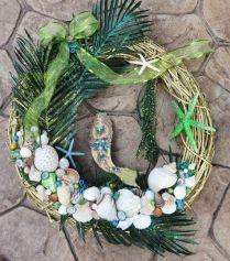 Christmas Mermaid Wreath with sea shells