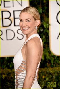 kate-hudson-shows-tons-of-skin-at-golden-globes-2015-02