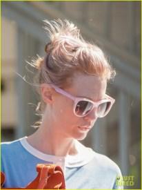january-jones-pink-hair-out-in-la-03