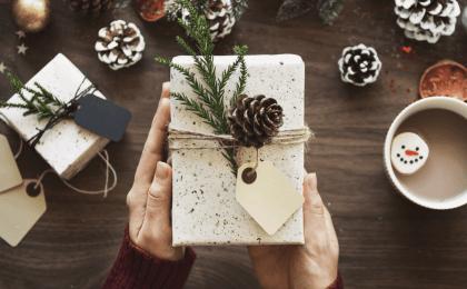 Pourquoi offrir des cadeaux fait du bien ?