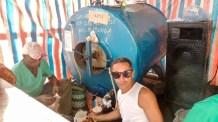 Carnaval de Santiago de Cuba 2017 : point hydratation.