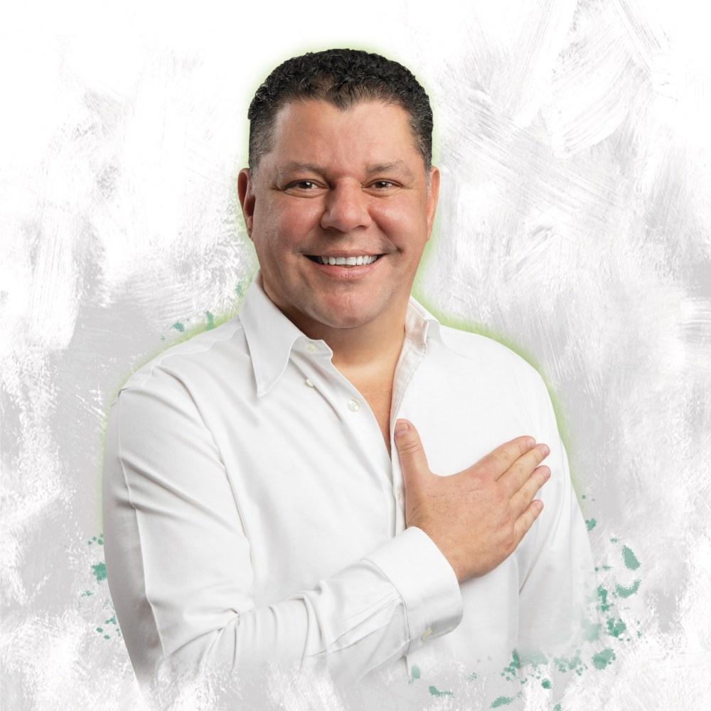 Virgilio Mendoza, uno de los  candidatos a gobernador en Colima