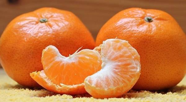 Alimento que no debes guardar en la nevera. Mandarinas.