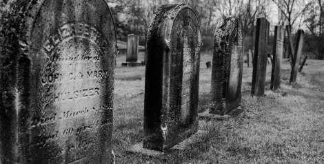 6 memorables epitafios de personajes conocidos