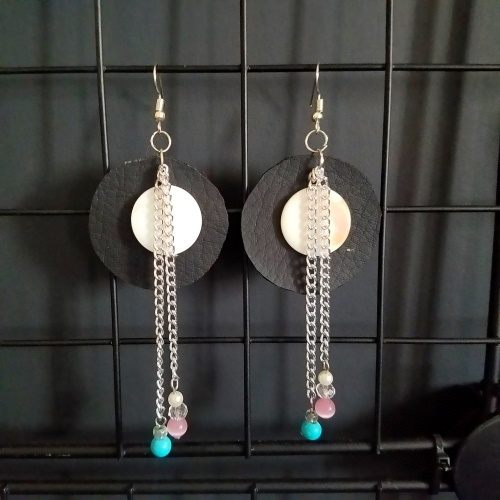 boho leather shell earrings
