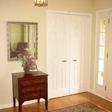SPRING CLEANING IN A SNAP: Wiping Walls & Dusting Doors