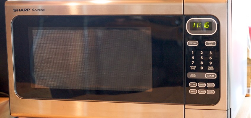 All Natural Way to Clean a Microwave