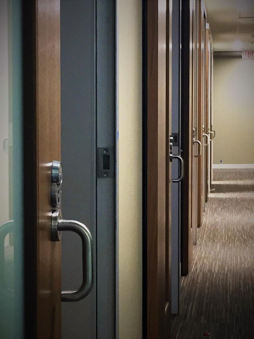Healthcare Hospitality Sliding Door System Colorado Springs_Serenity Sliding  Doors (