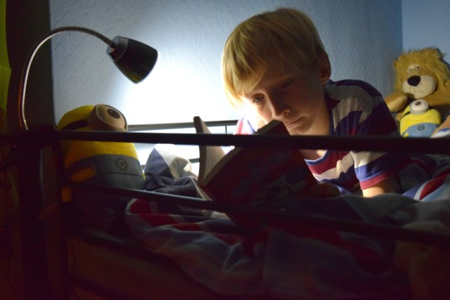 bunk bed lamp - Making My Son's Bed into a Reading Nook with the Clip on Desk Lamp