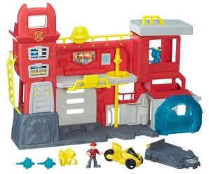 Win a Playskool Heroes Transformers Rescue Bots Playset worth £49.99