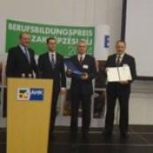 A Dél-Dunántúli Gépipari Klaszter a Szakképzési Díj 2014. Kooperáció kategória nyertese lett - Dél-Dunántúli Gépipari Klaszter_20150407121204_cr_cr