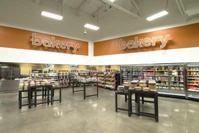 southeastern-products-super-1-foods-bakery-signage