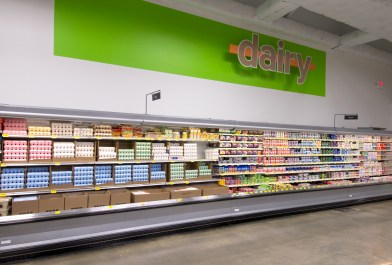 southeastern-products-super-1-foods-dairy-signage
