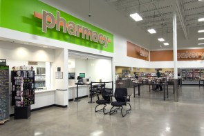 southeastern-products-super-1-foods-pharmacy-signage