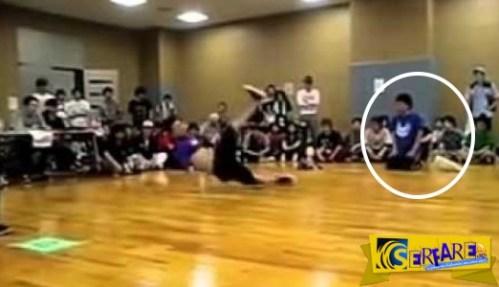 Δεν μπορείτε να μαντέψετε τι έκανε ο πιτσιρικάς για να τρολάρει στο breakdance!