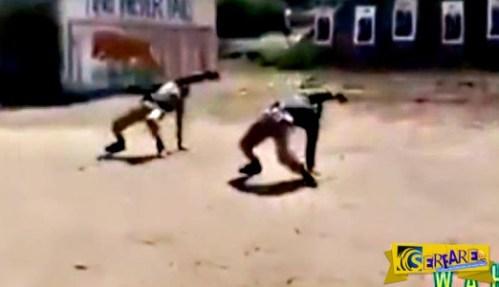 Ινδία: Εκπαίδευση αστυνομικών στη σκοποβολή με «κωλοτούμπες» και ακροβατικά!