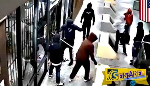 Κλέφτες μπήκαν σε μαγαζί διαλύοντας την πόρτα με ημιφορτηγό!