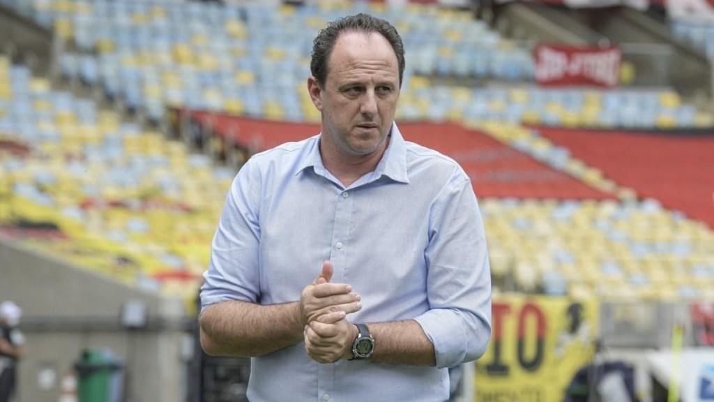 A partida contra o Inter foi a melhor atuação de Rogério Ceni como técnico do Flamengo