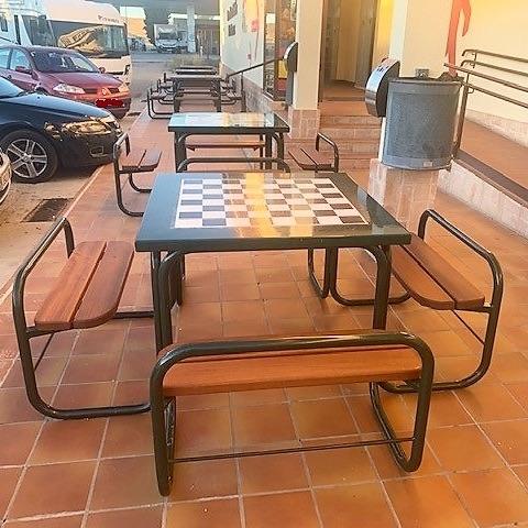 mesas de juego exterior