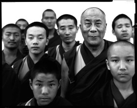 richard-avedon-his-holiness-dalai-lama-portrait