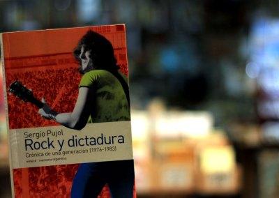 Rock y dictadura. Crónica de una generación (1976-1983)