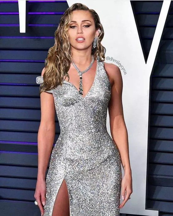 miley cyrus weight